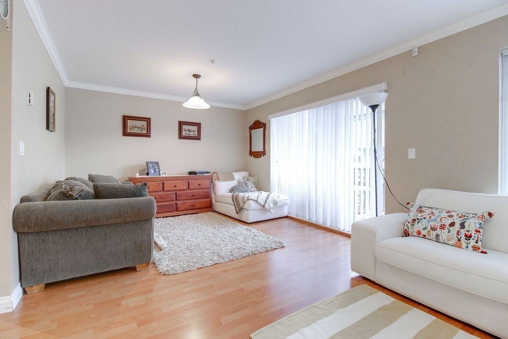 """Photo 5: Photos: 208 1567 GRANT Avenue in Port Coquitlam: Glenwood PQ Townhouse for sale in """"THE GRANT"""" : MLS®# R2251772"""