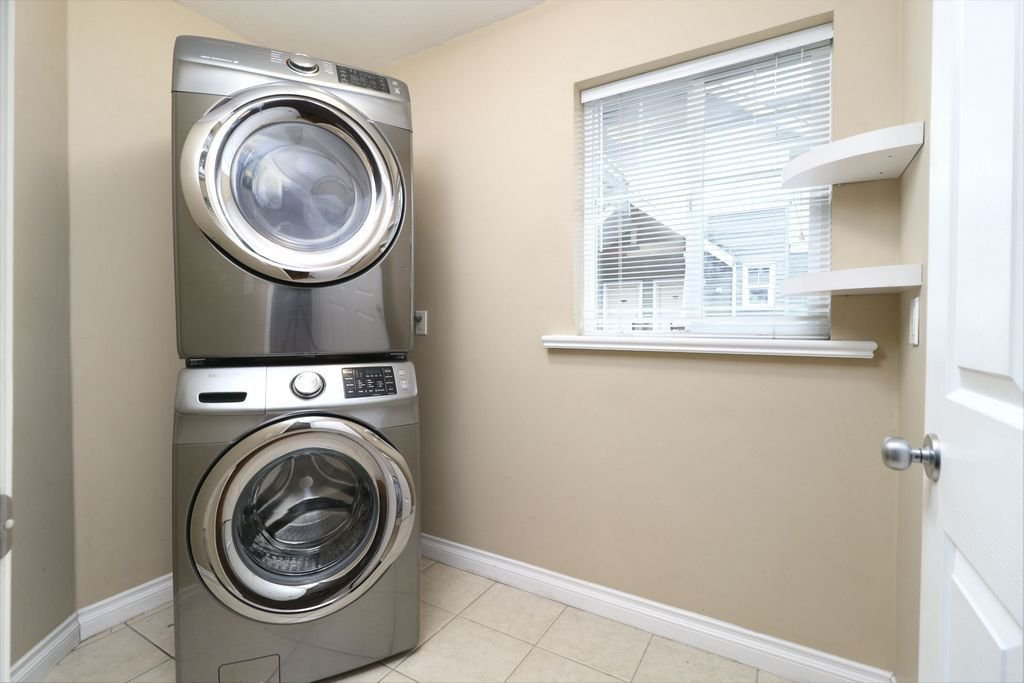 """Photo 17: Photos: 208 1567 GRANT Avenue in Port Coquitlam: Glenwood PQ Townhouse for sale in """"THE GRANT"""" : MLS®# R2251772"""