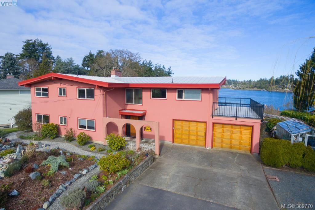 Main Photo: 2775 Shoreline Drive in VICTORIA: VR Glentana Single Family Detached for sale (View Royal)  : MLS®# 389770