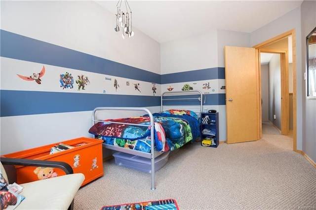 Photo 13: Photos: 46 Haverhill Crescent in Winnipeg: Royalwood Residential for sale (2J)  : MLS®# 1818965