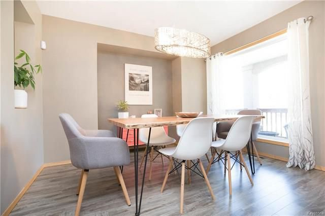 Photo 3: Photos: 46 Haverhill Crescent in Winnipeg: Royalwood Residential for sale (2J)  : MLS®# 1818965