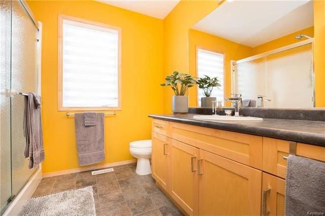 Photo 12: Photos: 46 Haverhill Crescent in Winnipeg: Royalwood Residential for sale (2J)  : MLS®# 1818965