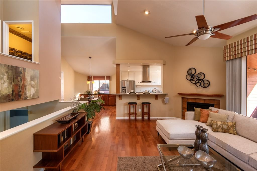 Main Photo: MISSION HILLS House for sale : 4 bedrooms : 3803 Dove Street in San Diego