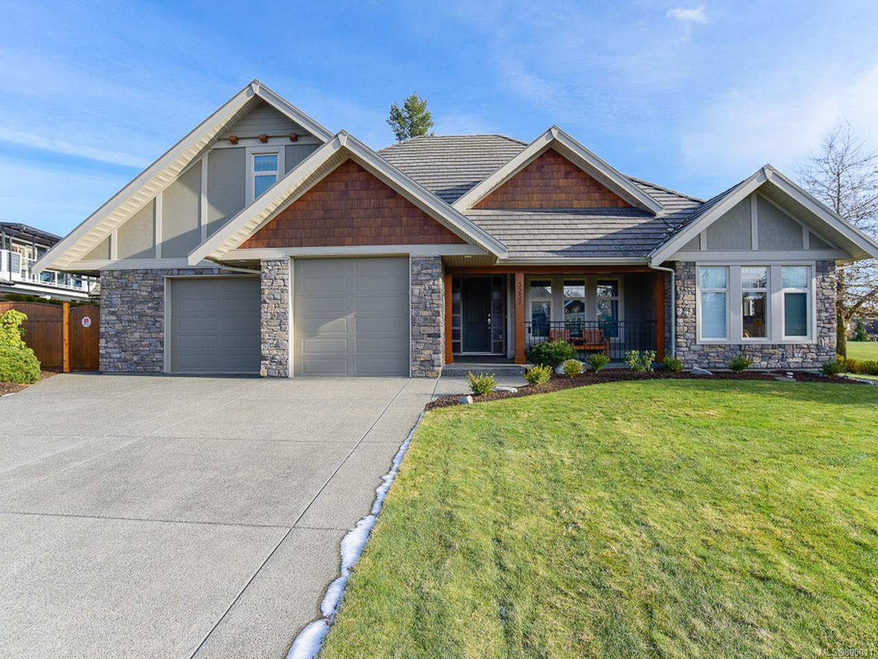Main Photo: 3237 MAJESTIC DRIVE in COURTENAY: CV Crown Isle House for sale (Comox Valley)  : MLS®# 805011