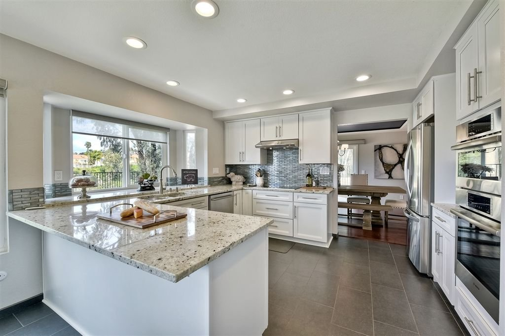 Photo 7: Photos: SCRIPPS RANCH House for sale : 4 bedrooms : 11680 Scripps Lake Dr in San Diego