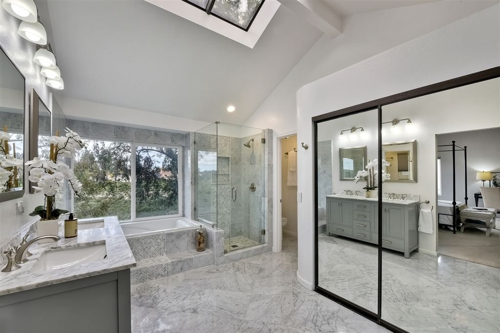 Photo 19: Photos: SCRIPPS RANCH House for sale : 4 bedrooms : 11680 Scripps Lake Dr in San Diego