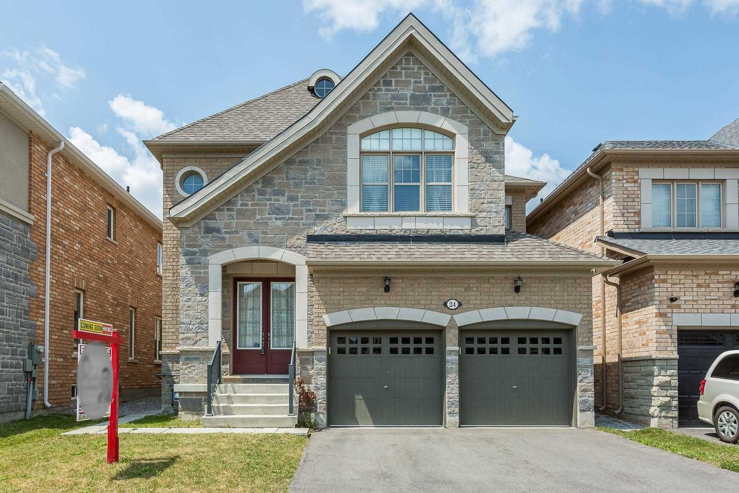 Main Photo: 24 Kempsford Crescent in Brampton: Northwest Brampton House (2-Storey) for sale : MLS®# W4529880
