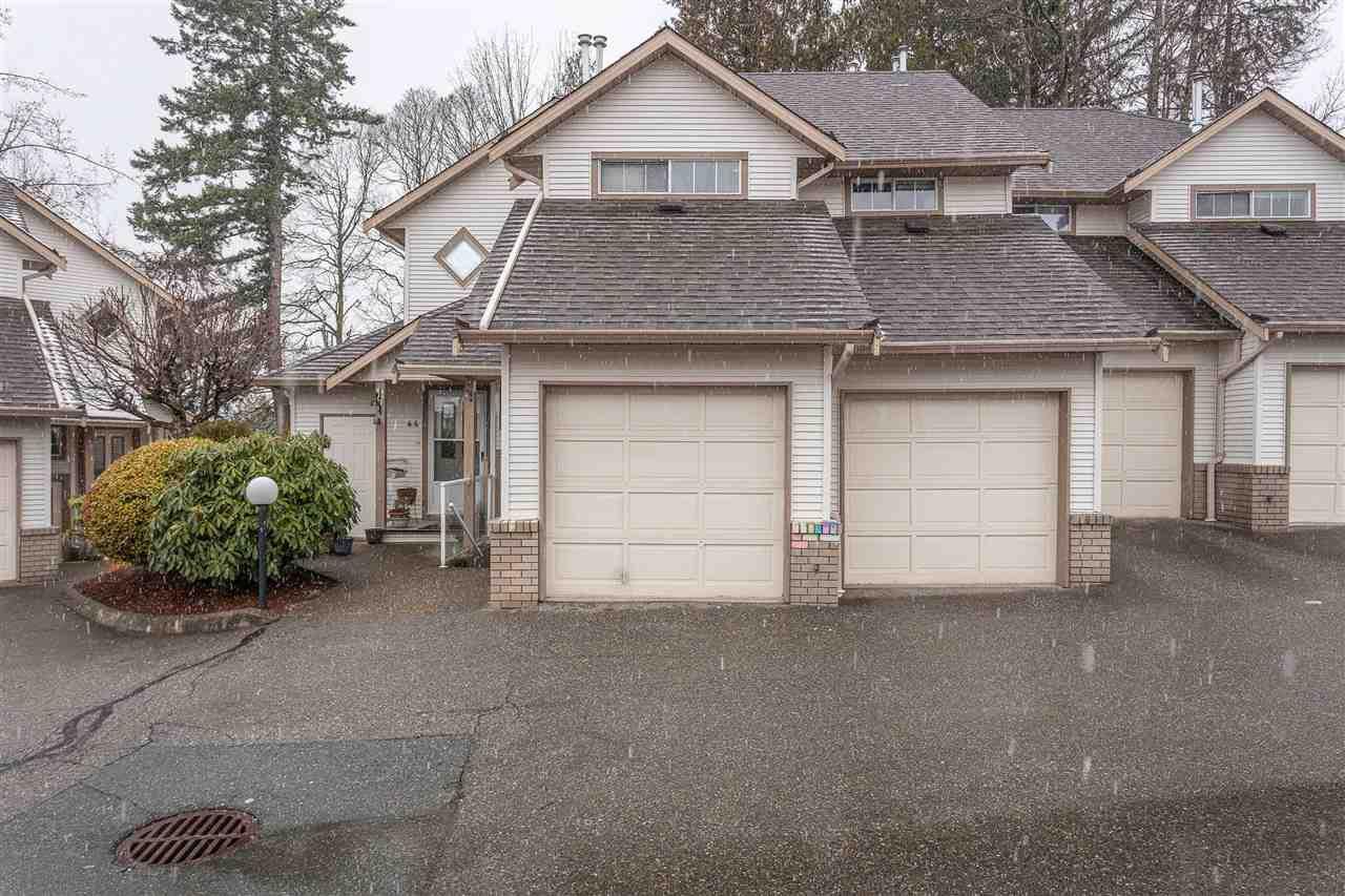 "Main Photo: 45 32361 MCRAE Avenue in Mission: Mission BC Townhouse for sale in ""Spencer Estates"" : MLS®# R2433834"