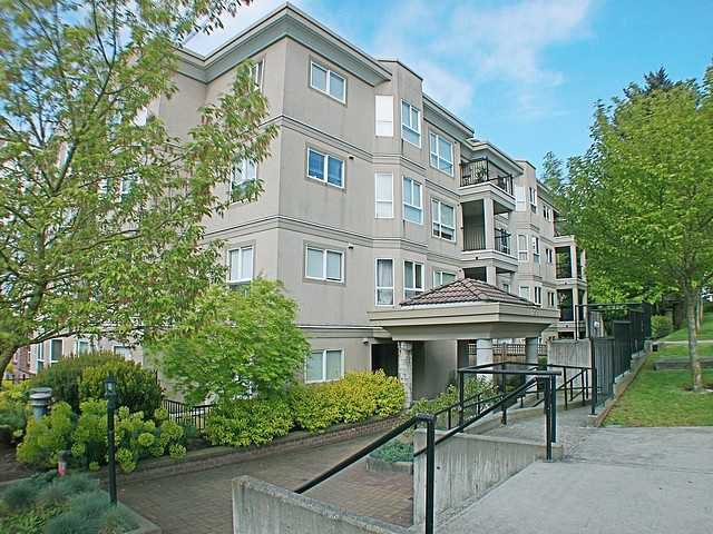 "Main Photo: 304 202 MOWAT Street in New Westminster: Uptown NW Condo for sale in ""SAUSALITO"" : MLS®# V870490"