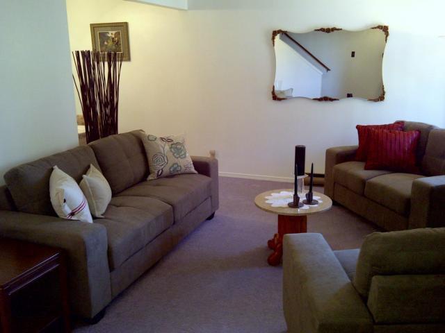 Photo 2: Photos: 3907 Grant Avenue in WINNIPEG: Charleswood Condominium for sale (South Winnipeg)  : MLS®# 1120416