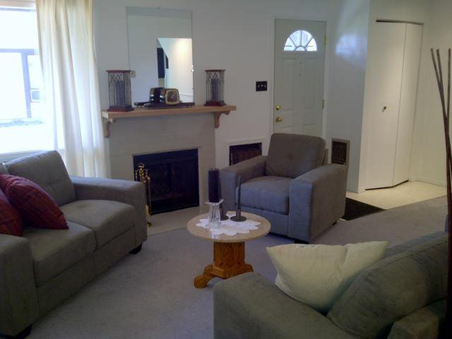 Photo 3: Photos: 3907 Grant Avenue in WINNIPEG: Charleswood Condominium for sale (South Winnipeg)  : MLS®# 1120416