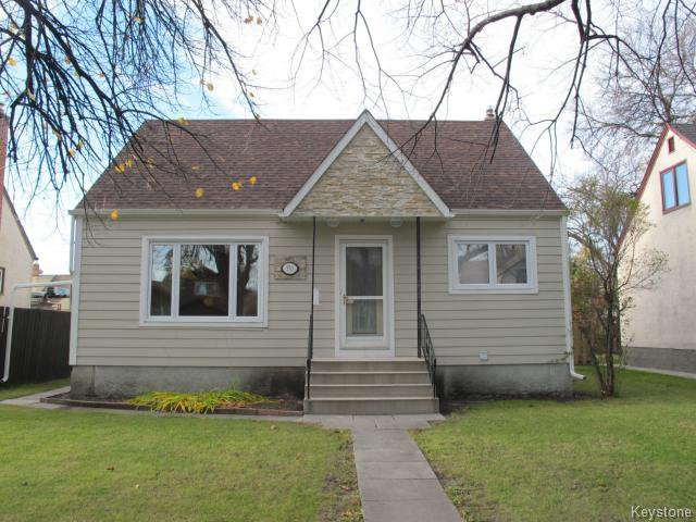 Main Photo:  in WINNIPEG: East Kildonan Residential for sale (North East Winnipeg)  : MLS®# 1425826