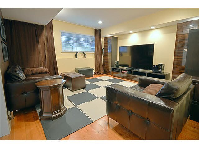 """Photo 14: Photos: 11 1765 PADDOCK Drive in Coquitlam: Westwood Plateau Townhouse for sale in """"WORTHING GREEN"""" : MLS®# V1091636"""