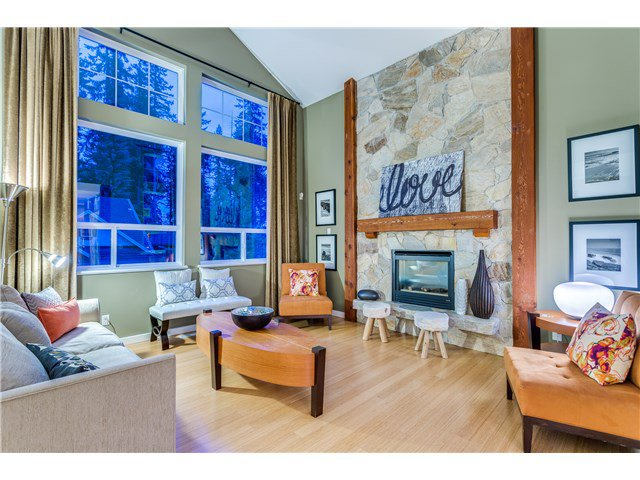 """Photo 2: Photos: 43 ASHWOOD Drive in Port Moody: Heritage Woods PM House for sale in """"STONERIDGE"""" : MLS®# V1134050"""