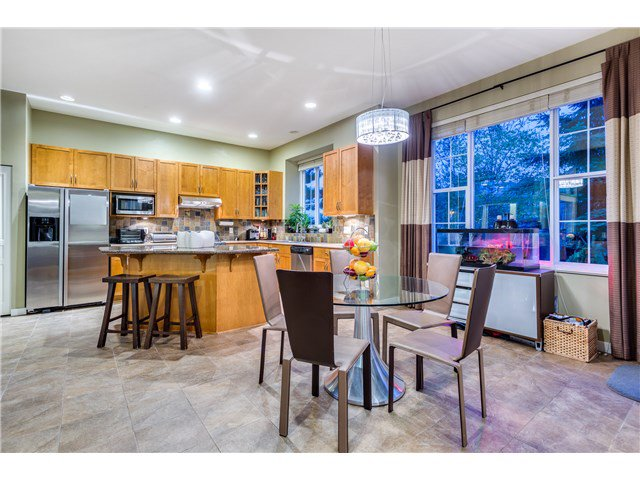 """Photo 5: Photos: 43 ASHWOOD Drive in Port Moody: Heritage Woods PM House for sale in """"STONERIDGE"""" : MLS®# V1134050"""