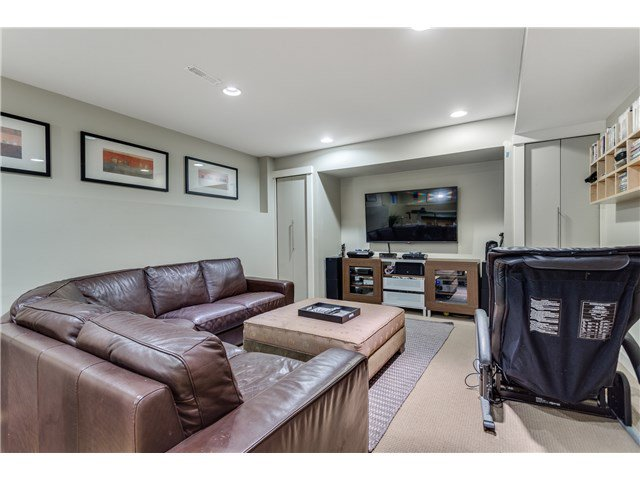 """Photo 15: Photos: 43 ASHWOOD Drive in Port Moody: Heritage Woods PM House for sale in """"STONERIDGE"""" : MLS®# V1134050"""