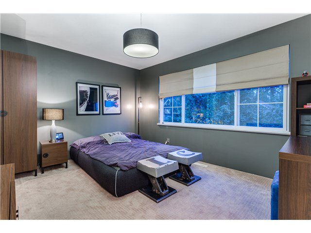"""Photo 11: Photos: 43 ASHWOOD Drive in Port Moody: Heritage Woods PM House for sale in """"STONERIDGE"""" : MLS®# V1134050"""