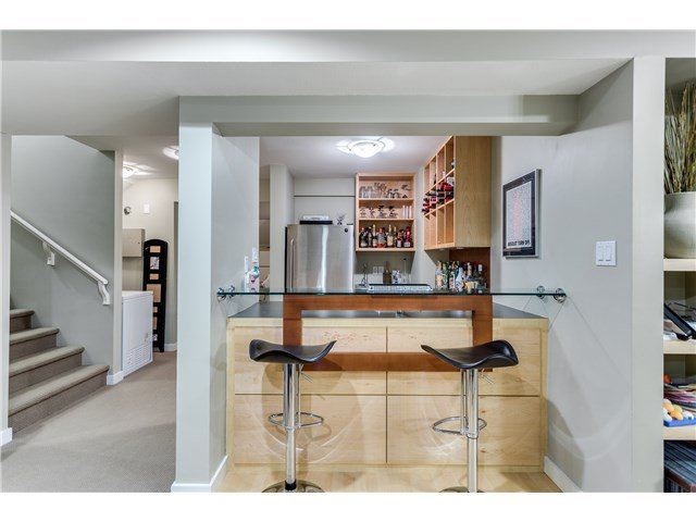 """Photo 14: Photos: 43 ASHWOOD Drive in Port Moody: Heritage Woods PM House for sale in """"STONERIDGE"""" : MLS®# V1134050"""