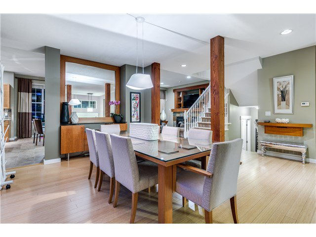 """Photo 3: Photos: 43 ASHWOOD Drive in Port Moody: Heritage Woods PM House for sale in """"STONERIDGE"""" : MLS®# V1134050"""