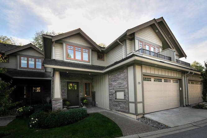 """Main Photo: 25 3122 160 Street in Surrey: Grandview Surrey Townhouse for sale in """"Wills Creek"""" (South Surrey White Rock)  : MLS®# R2006220"""