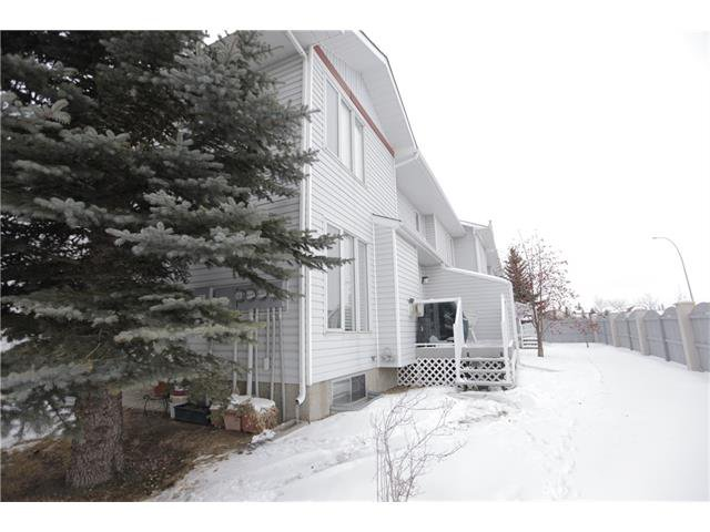 Photo 22: Photos: 60 SCENIC Gardens NW in Calgary: Scenic Acres House for sale : MLS®# C4044022