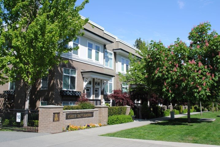 "Main Photo: 53 15833 26 Avenue in Surrey: Grandview Surrey Townhouse for sale in ""Brownstones"" (South Surrey White Rock)  : MLS®# R2061261"