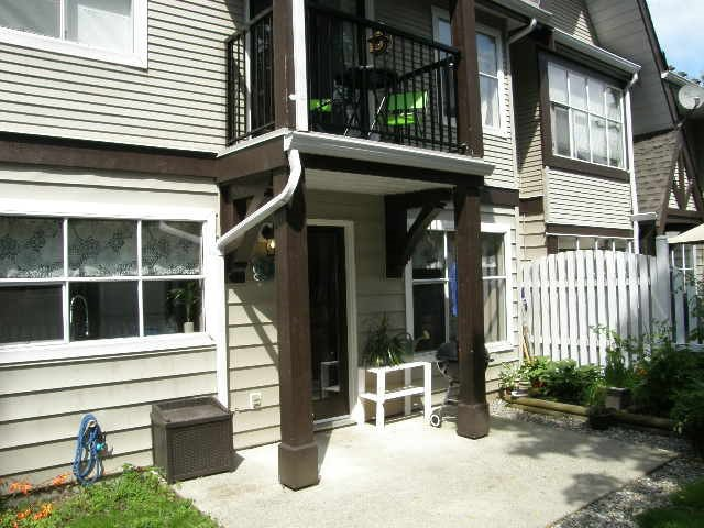 """Photo 10: Photos: 56 12099 237 Street in Maple Ridge: East Central Townhouse for sale in """"THE GABRIOLA"""" : MLS®# R2092471"""
