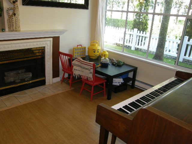 """Photo 2: Photos: 56 12099 237 Street in Maple Ridge: East Central Townhouse for sale in """"THE GABRIOLA"""" : MLS®# R2092471"""