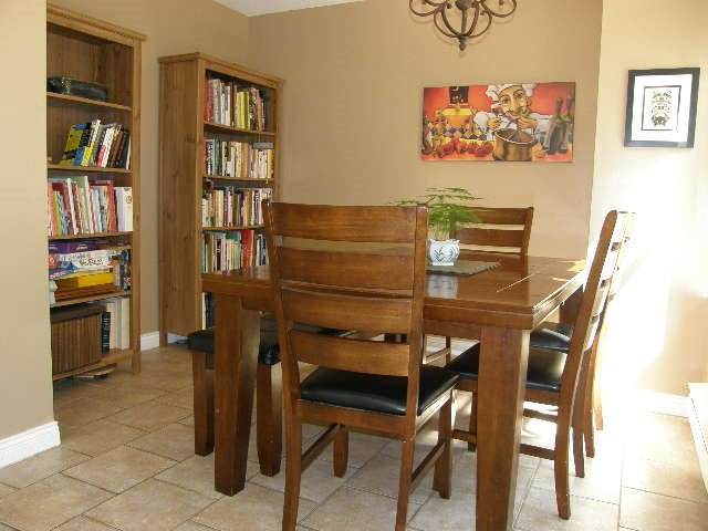 """Photo 7: Photos: 56 12099 237 Street in Maple Ridge: East Central Townhouse for sale in """"THE GABRIOLA"""" : MLS®# R2092471"""