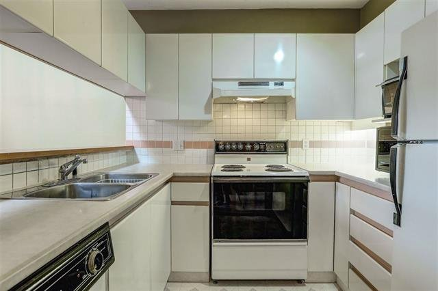 Photo 12: Photos: 307 7465 SANDBORNE Avenue in Burnaby: South Slope Condo for sale (Burnaby South)  : MLS®# R2113350
