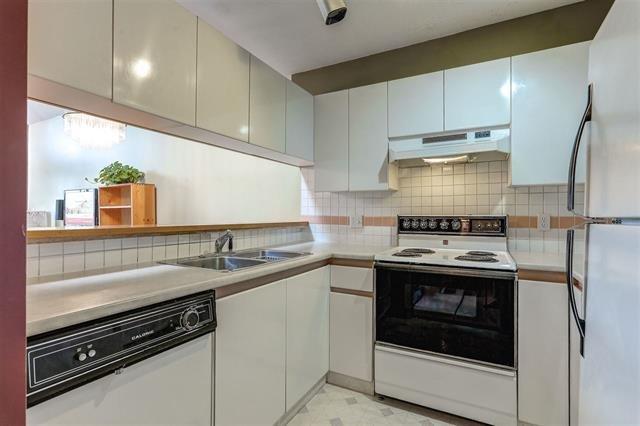 Photo 11: Photos: 307 7465 SANDBORNE Avenue in Burnaby: South Slope Condo for sale (Burnaby South)  : MLS®# R2113350
