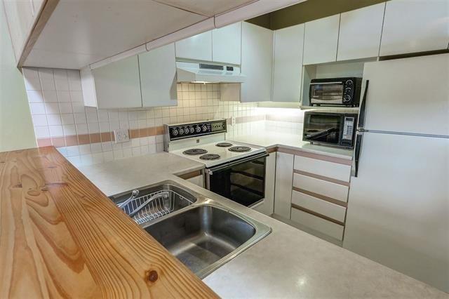 Photo 13: Photos: 307 7465 SANDBORNE Avenue in Burnaby: South Slope Condo for sale (Burnaby South)  : MLS®# R2113350