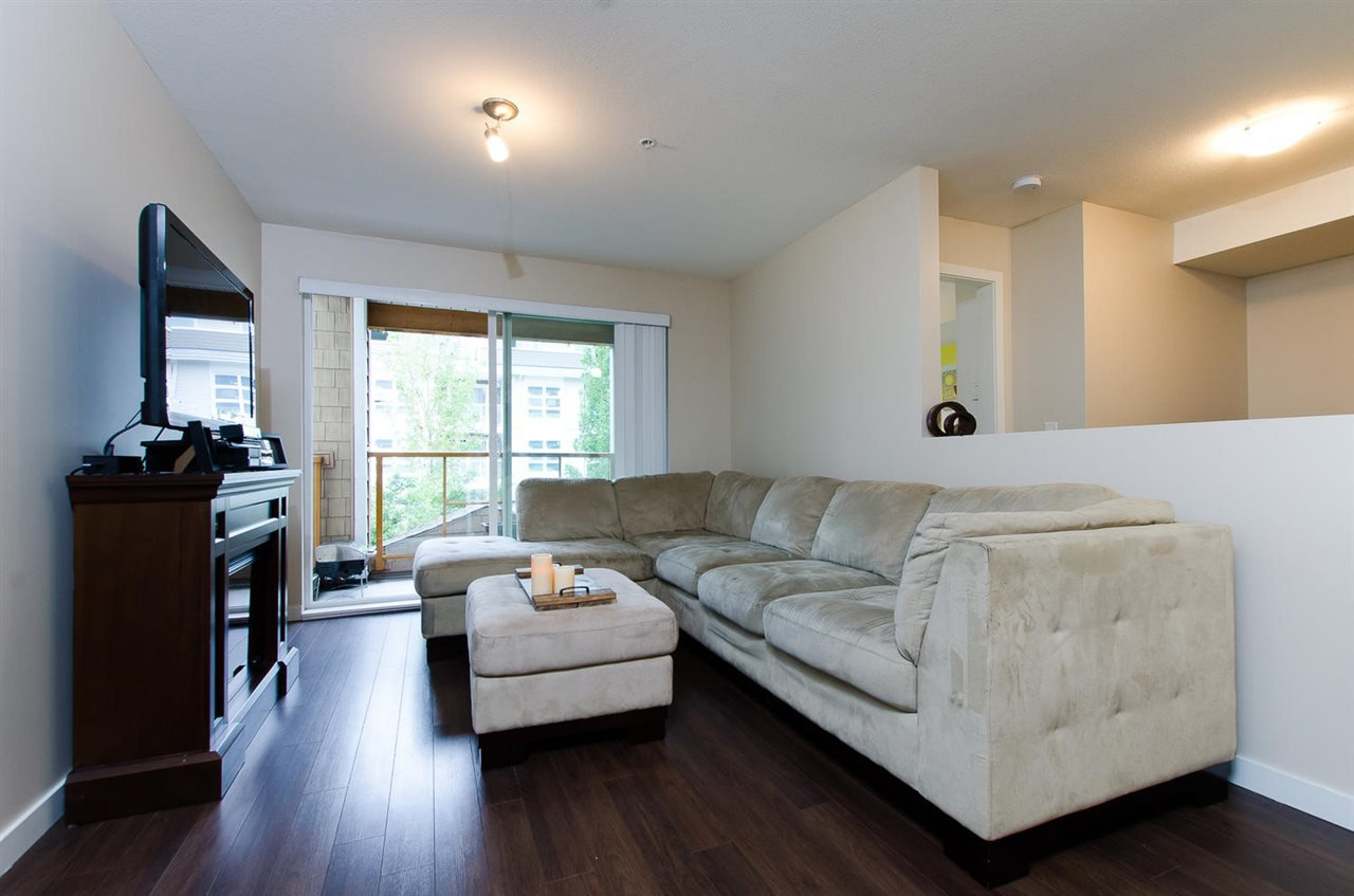 "Photo 7: Photos: 209 1969 WESTMINSTER Avenue in Port Coquitlam: Glenwood PQ Condo for sale in ""THE SAPHIRE"" : MLS®# R2118876"