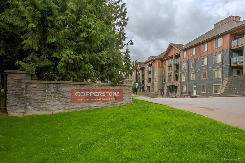 "Main Photo: 2218 244 SHERBROOKE Street in New Westminster: Sapperton Condo for sale in ""COPPERSTONE"" : MLS®# R2142042"