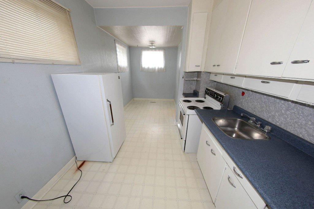 Photo 7: Photos: 1205 Wolseley Avenue in Winnipeg: Wolseley Single Family Detached for sale (5B)  : MLS®# 1713764