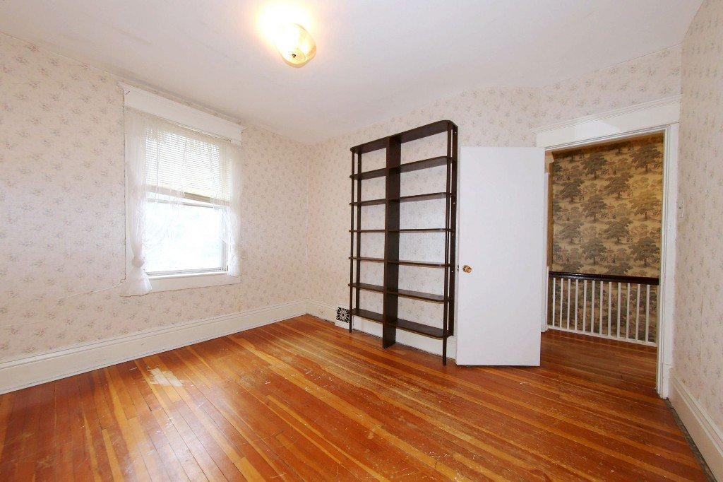 Photo 15: Photos: 1205 Wolseley Avenue in Winnipeg: Wolseley Single Family Detached for sale (5B)  : MLS®# 1713764