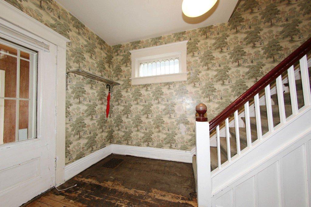 Photo 3: Photos: 1205 Wolseley Avenue in Winnipeg: Wolseley Single Family Detached for sale (5B)  : MLS®# 1713764