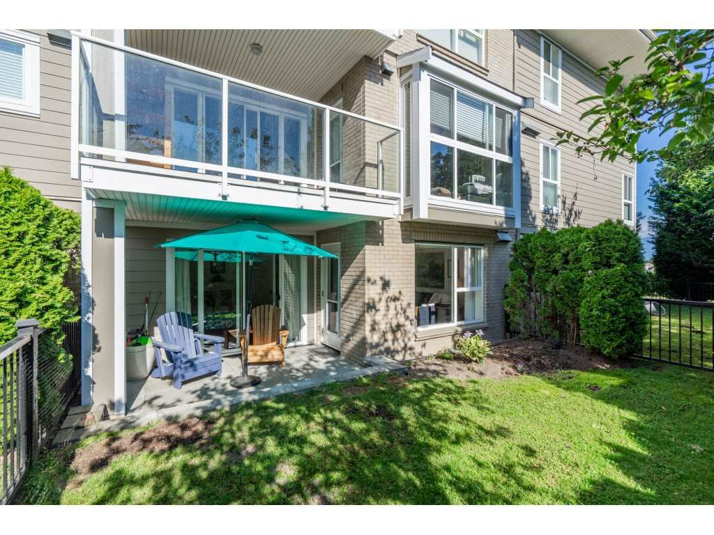 "Photo 1: Photos: 106 22255 122 Avenue in Maple Ridge: West Central Condo for sale in ""MAGNOLIA GATE"" : MLS®# R2291686"