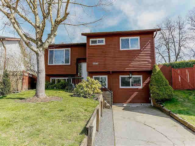 Main Photo: 27595 31B AVENUE in Langley: Home for sale : MLS®# F1408236