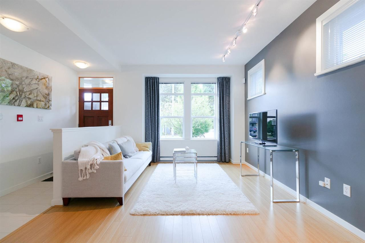 """Main Photo: 15 5771 IRMIN Street in Burnaby: Metrotown Townhouse for sale in """"MACPHERSON WALK WEST"""" (Burnaby South)  : MLS®# R2306295"""