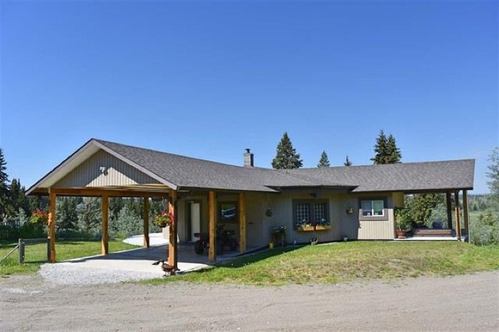 """Main Photo: 3545 WESTWICK PIT Road: 150 Mile House House for sale in """"MIOCENE"""" (Williams Lake (Zone 27))  : MLS®# R2375268"""