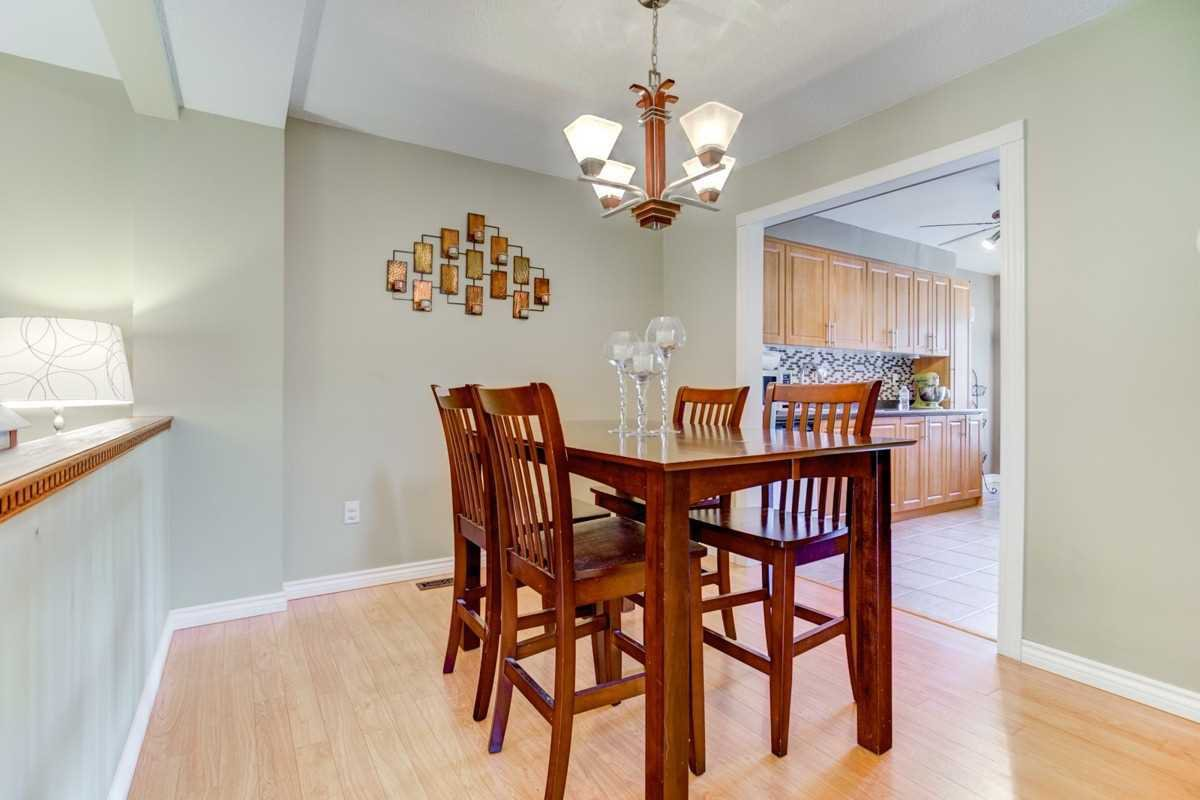 Photo 7: Photos: 3495 Ketelbey Court in Burlington: Palmer House (2-Storey) for sale : MLS®# W4505858