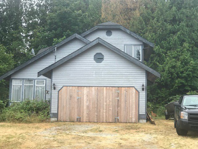 Main Photo: 7843 EAGLE Drive in Halfmoon Bay: Halfmn Bay Secret Cv Redroofs House for sale (Sunshine Coast)  : MLS®# R2386711