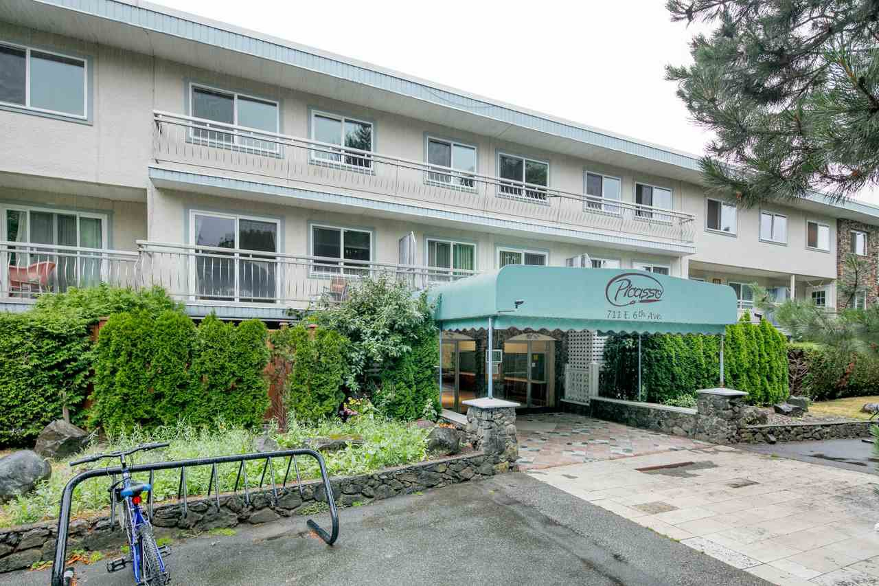 "Main Photo: 103 711 E 6TH Avenue in Vancouver: Mount Pleasant VE Condo for sale in ""THE PICASSO"" (Vancouver East)  : MLS®# R2387072"