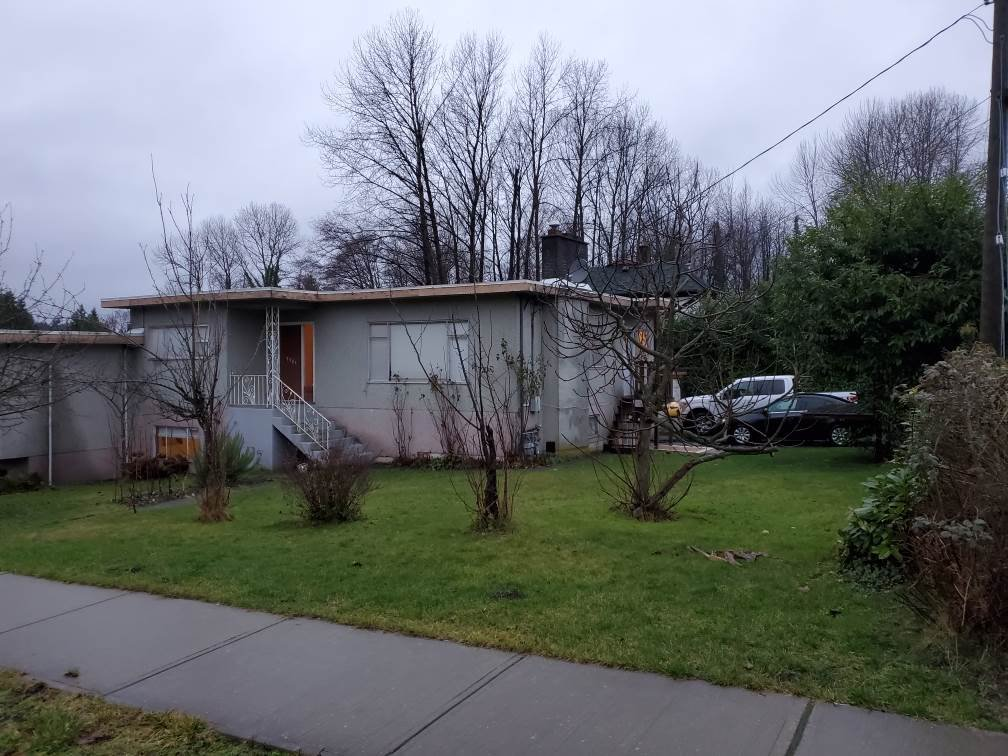 Main Photo: 7751 RAYSIDE Avenue in Burnaby: Burnaby Lake 1/2 Duplex for sale (Burnaby South)  : MLS®# R2426508
