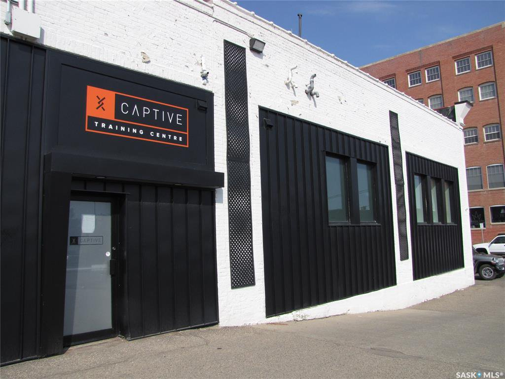 Main Photo: B 1301 Broad Street in Regina: Warehouse District Commercial for lease : MLS®# SK824053
