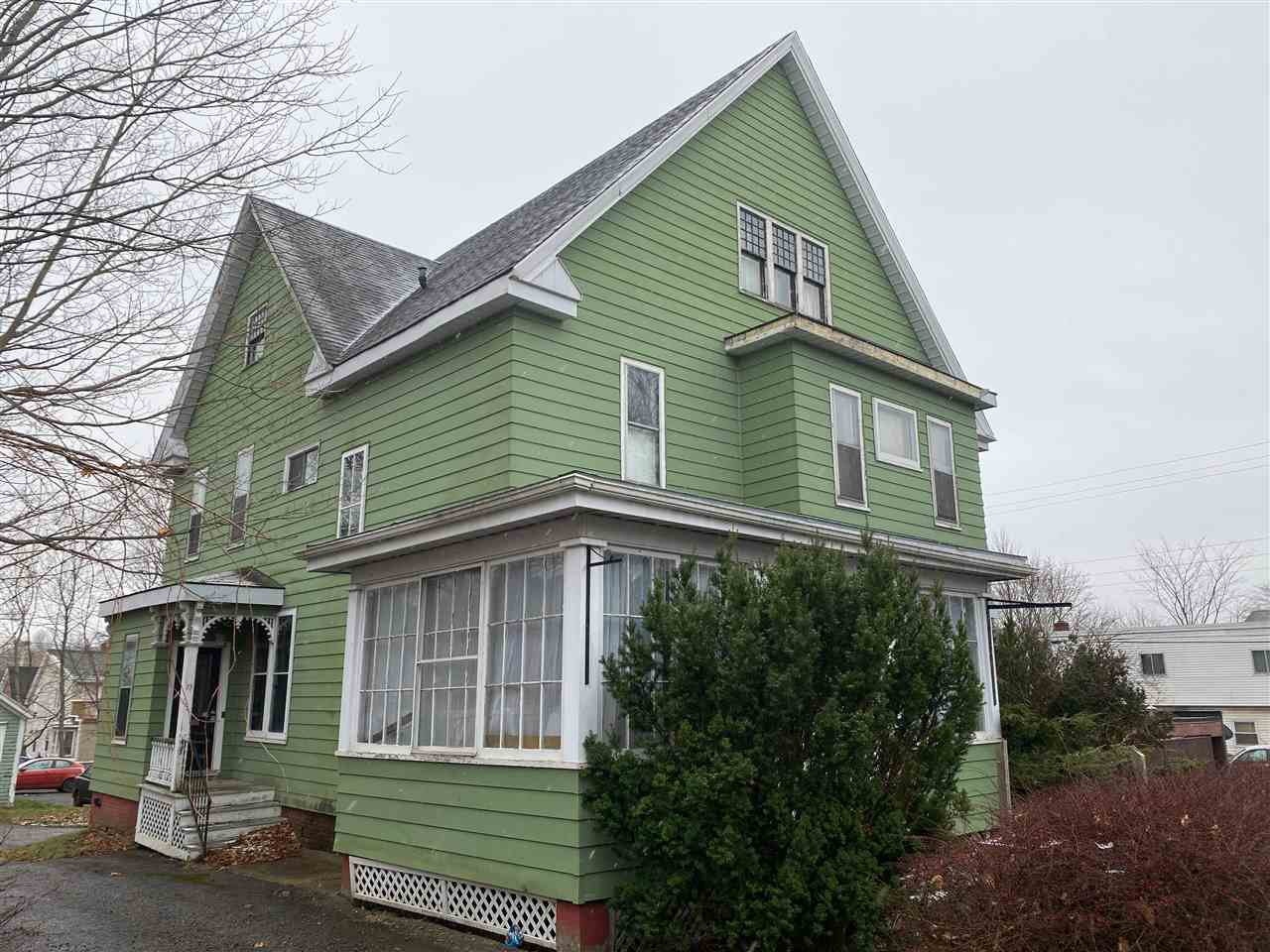 Main Photo: 83 & 85 Gray Street in Windsor: 403-Hants County Multi-Family for sale (Annapolis Valley)  : MLS®# 202025382