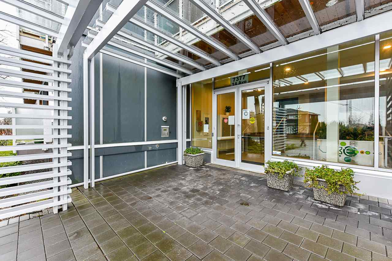 "Main Photo: 207 7377 14TH Avenue in Burnaby: Edmonds BE Condo for sale in ""Vibe"" (Burnaby East)  : MLS®# R2528536"