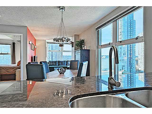 """Photo 6: Photos: B1105 1331 HOMER Street in Vancouver: Yaletown Condo for sale in """"PACIFIC POINT"""" (Vancouver West)  : MLS®# V1100721"""