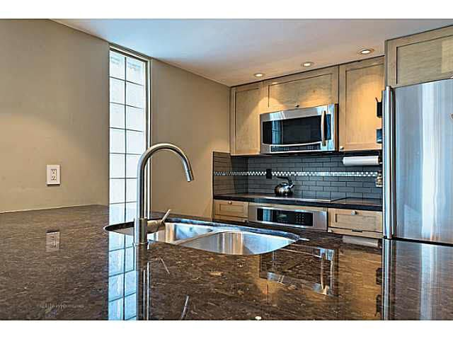 """Photo 5: Photos: B1105 1331 HOMER Street in Vancouver: Yaletown Condo for sale in """"PACIFIC POINT"""" (Vancouver West)  : MLS®# V1100721"""
